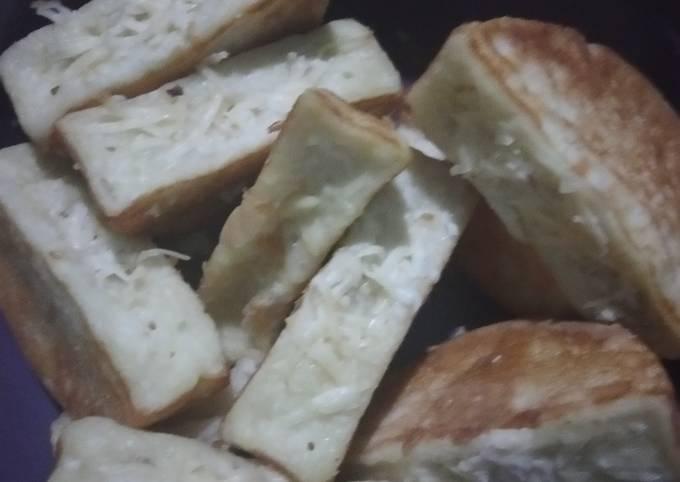 Resep Kue pancong keju gurih maknyus yang Enak Banget