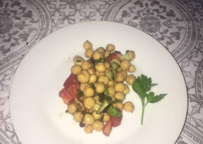 Simple Way to Make Perfect Vegan Chickpea salad 🥗