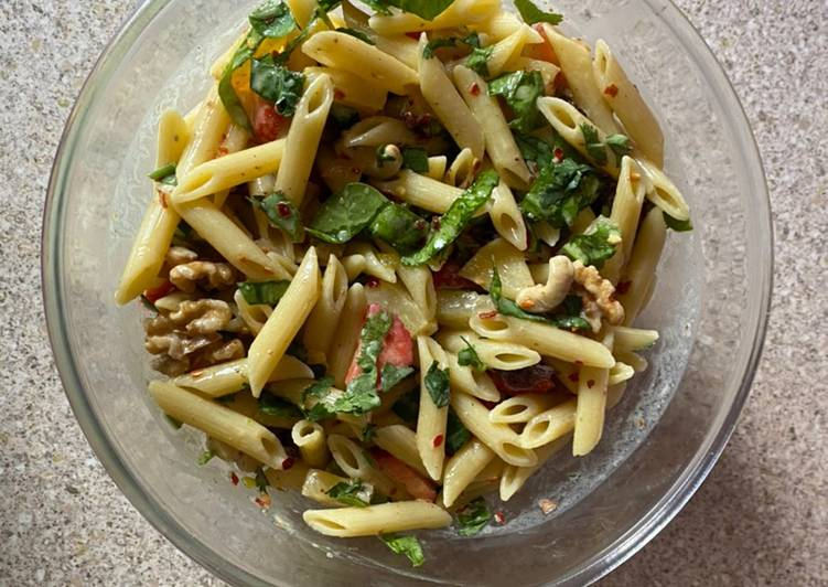 30+ Dinner Easy Speedy Pasta fruit and nuts salad