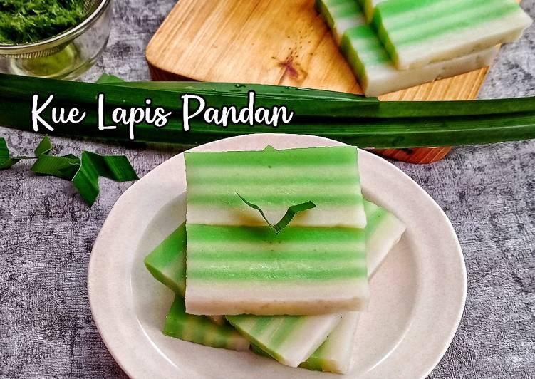 Kue Lapis Pandan 3 Bahan