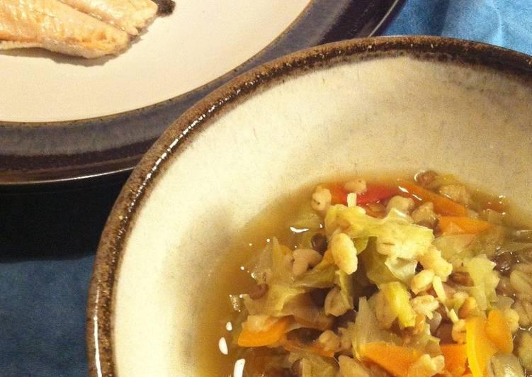 Recipe of Homemade Pearl Barley Veggie Soup (antioxidant boostingand no oil)