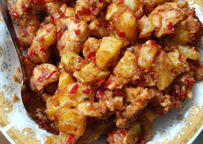 Ayam kentang balado