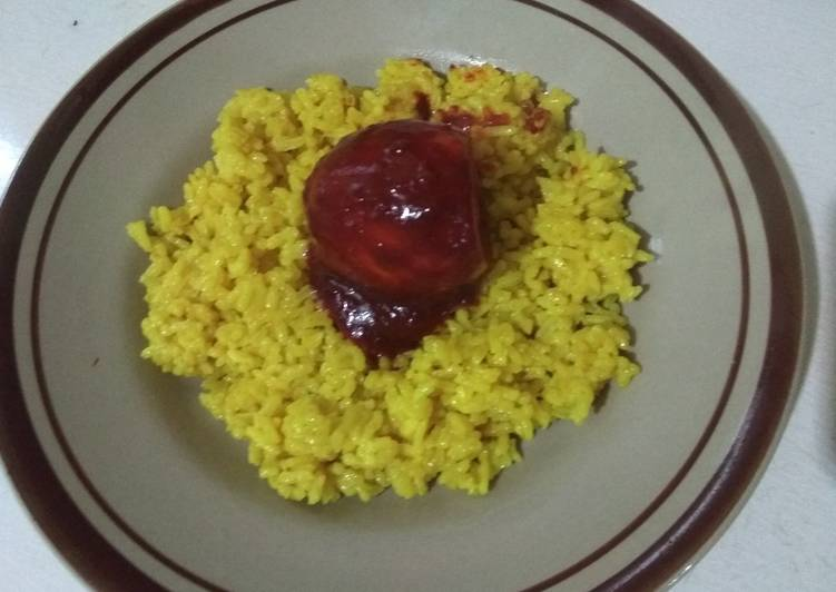 Nasi Kuning Gurih dan Masak Habang khas Banjar