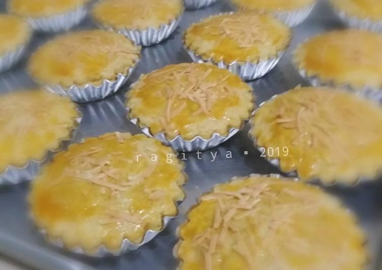 Pie Ayam Kari (Chicken Curry Pie)