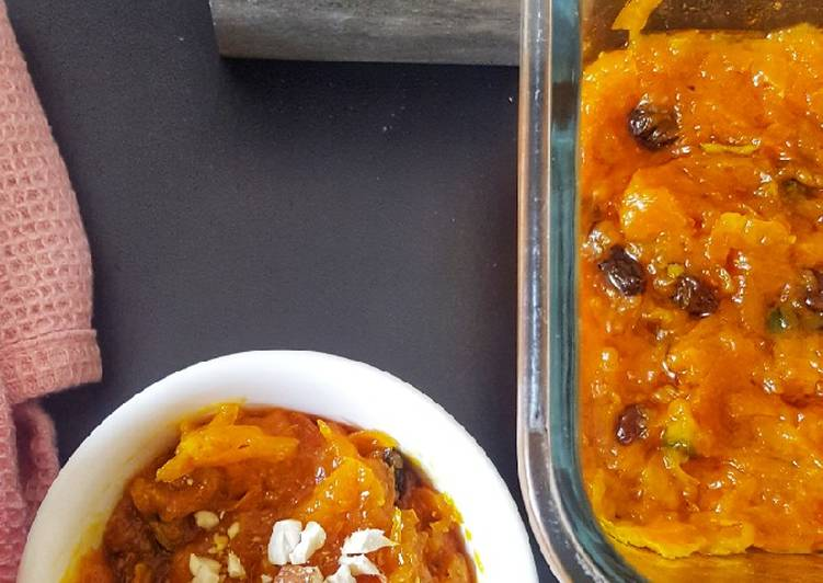 Gajar halwa/ Indian carrot pudding
