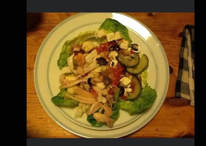 Salade de légumes marinés anchois et feta