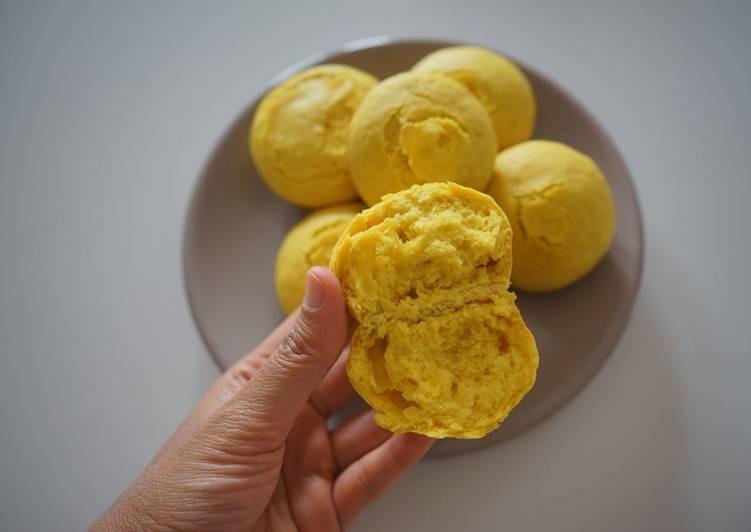 Roti Kunyit