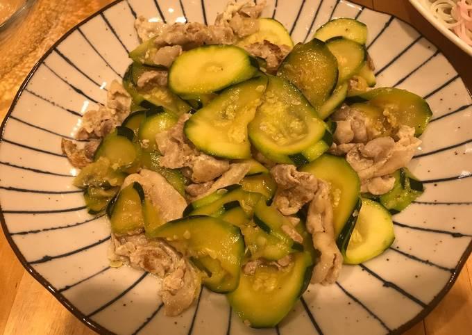 Stir-fried Zucchini and pork