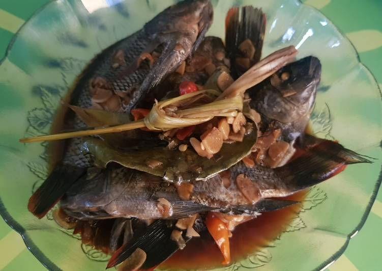 Ikan Pindang Mujaer