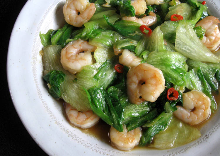 Stir-fried Iceberg Lettuce & Prawns with Garlic & Chilli