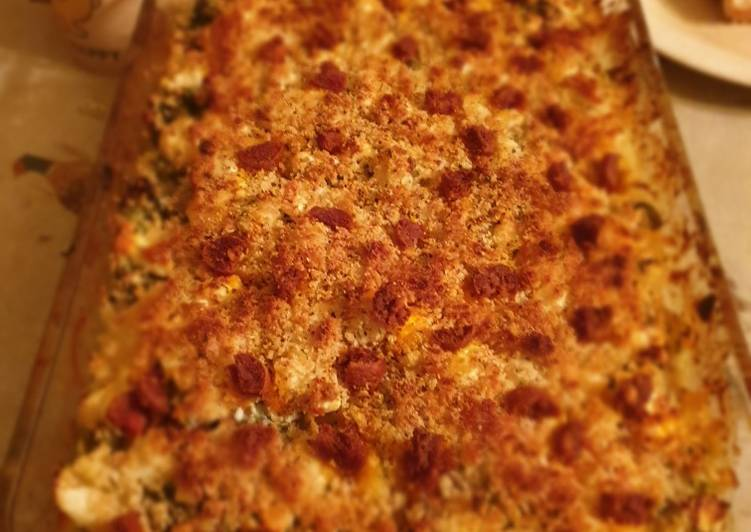 Recipe of Perfect Cauliflower cheese with creme fraiche, mustard and kale