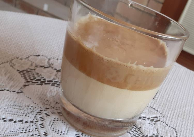 Simple Way to Prepare Award-winning Dalgona Coffee