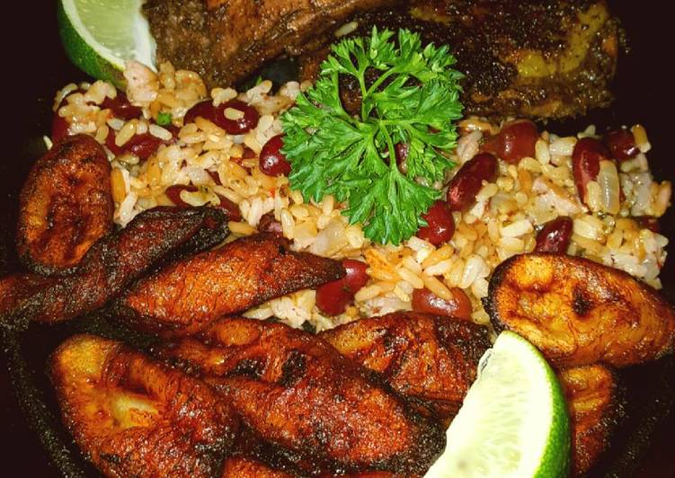 Mike S Jerk Chicken Spicy Beans Rice Fried Plantains Recipe By Mmobrien Cookpad