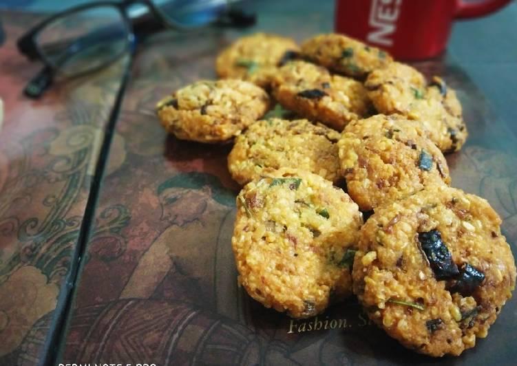 25 Minute Recipe of Favorite Kerala Style Parippu Vada (Dal Fritters)