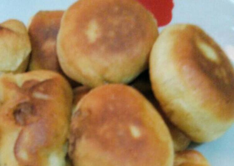 Roti Goreng isi Sosis empuuk