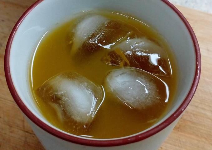 Simple Indonesian Herbal Beverage (Turmeric and Tamarind)