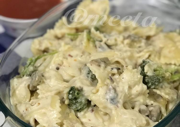 How to Make Appetizing Bow Tie Italian Pasta (white Sauce)