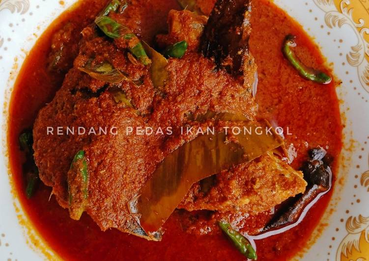 Rendang pedas ikan tongkol