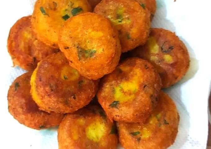 Les galette de pomme de terre (maakouda)