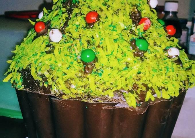 All Edible Christmas Tree Cookie Jar