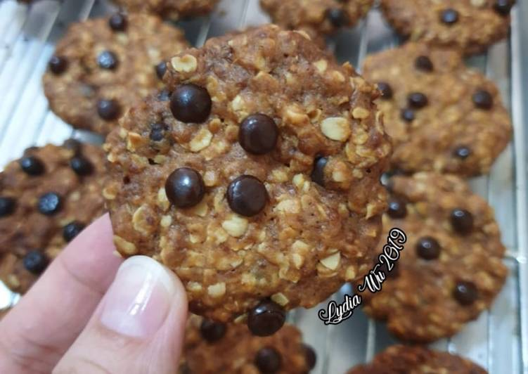 Crunchy Oatmeal Chocochip Cookies