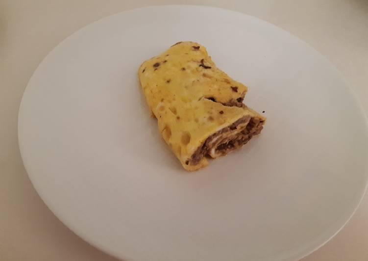 Omlet isi kacang hitam