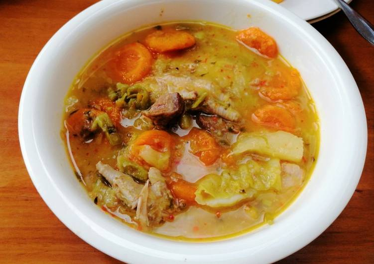 Sopa De Menudos De Pollo Y Vegetales Receta De Carunovi Cookpad