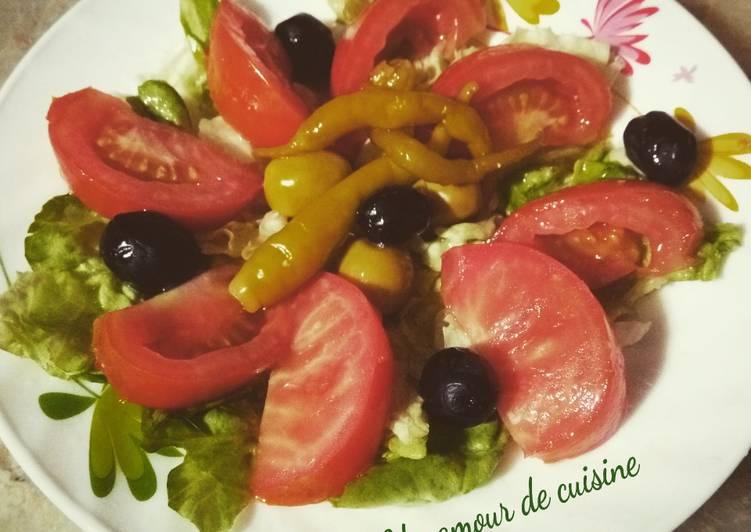Salade verte et tomate