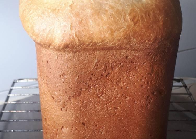 Pan brioche de panificadora Atma