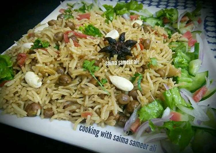 Simple Way to Make Quick Kabli chana nuts pulao