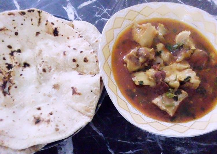 Step-by-Step Guide to Make Speedy Beef paaye with Chapati