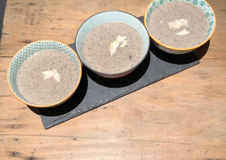 Velouté de champignons au parmesan