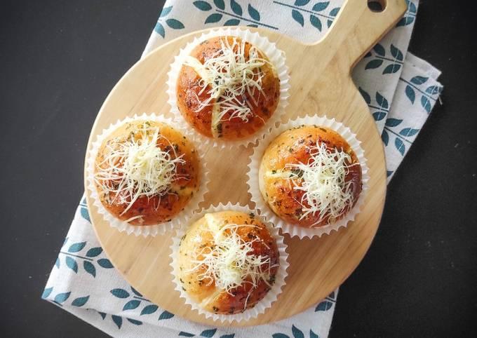 🥖 Mini Korean Garlic Cheese Bread 🧀