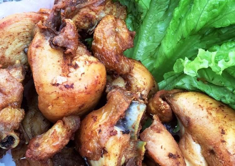 Ayam bumbu penyet khas surabaya