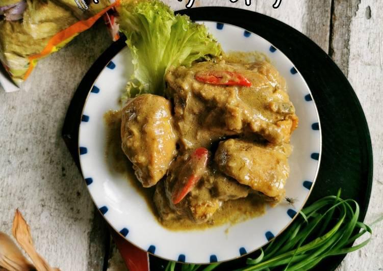 Kurma Ayam Spicy - velavinkabakery.com