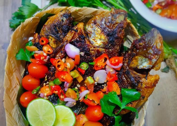 Ikan Bakar Sambal Dabu Dabu