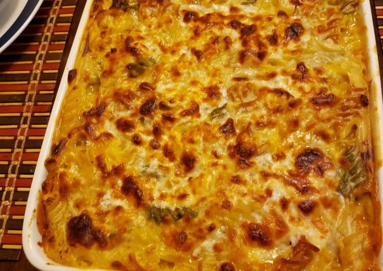 معكرونة بصلصة الباشاميل Pasta with bechamel sauce