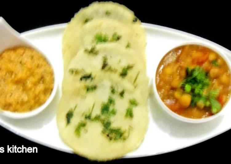 Steps to Make Speedy Akki roti or aripathri a Kerala roti from rice flour