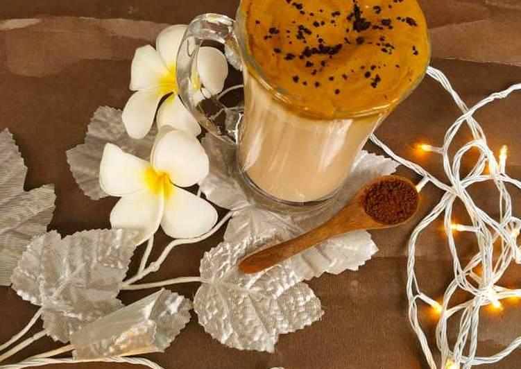 Dalgona Coffee Milkshake