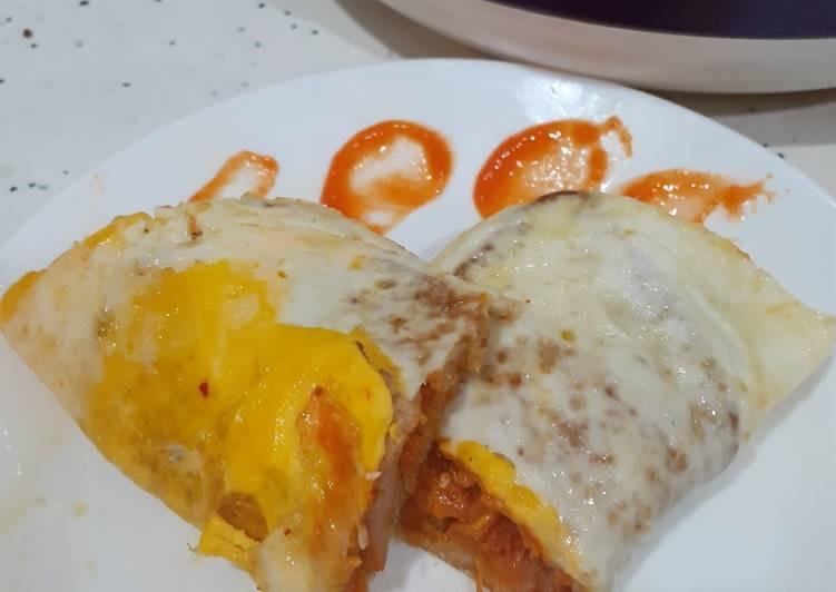 Roti sandwich telur kimchi