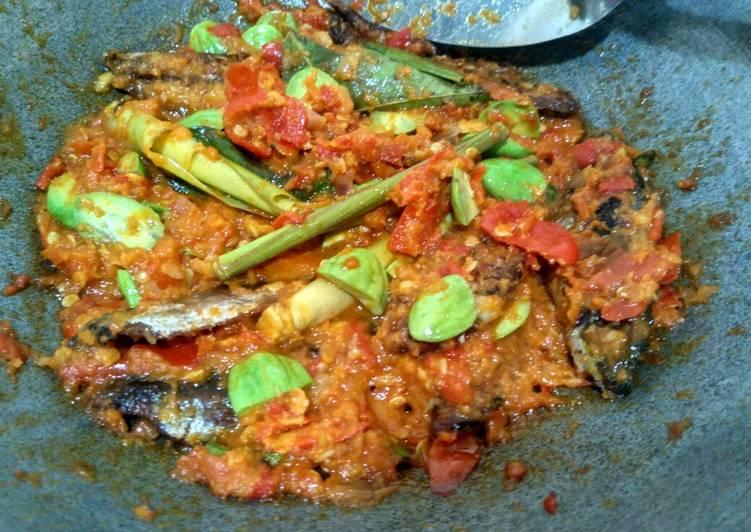 Ikan cue (tongkol) balado