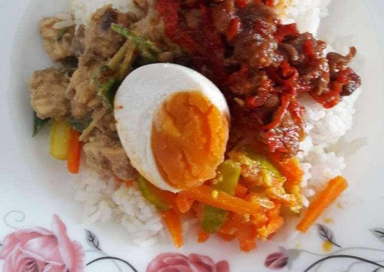 Sambalgoreng Daging ala nasi berkat jadul