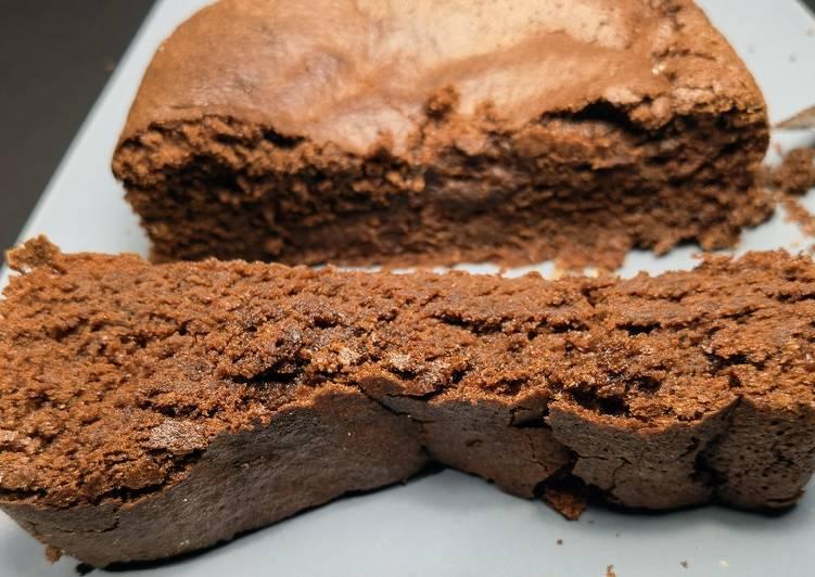 Gâteau au chocolat noir léger