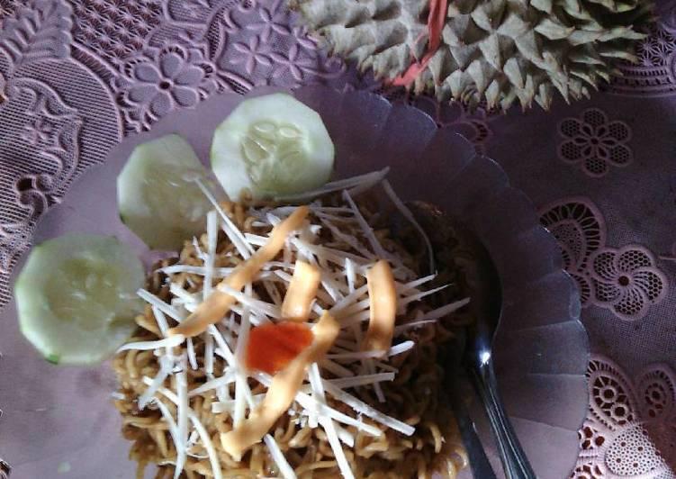 7 Resep: Mie goreng instan lezat Anti Gagal!