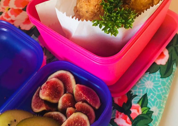 Steps to Make Super Quick Homemade Crumbed chicken strips with fresh delicate figs and kiwi