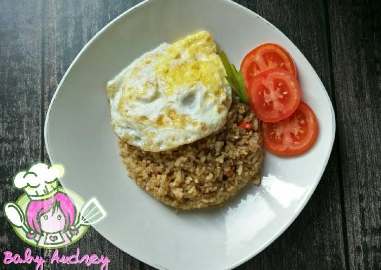 Resep Nasi Goreng Jawa Special Terasi yang Bisa Manjain Lidah