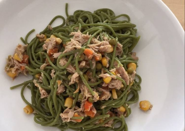Spinach pasta with tuna...really yummy!!