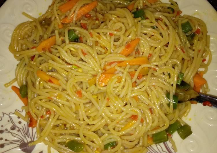 Recipe: Delicious Vegetable spaghetti😋😋😋