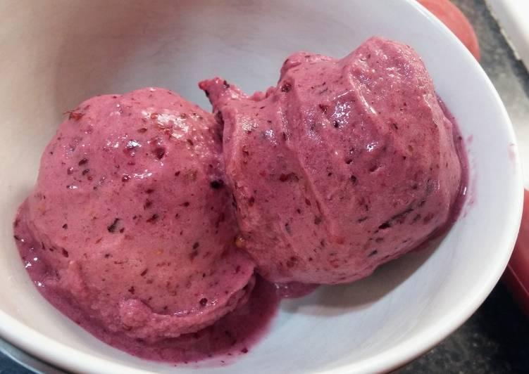 Comment Cuisiner Nice cream aux fraises (vegan)