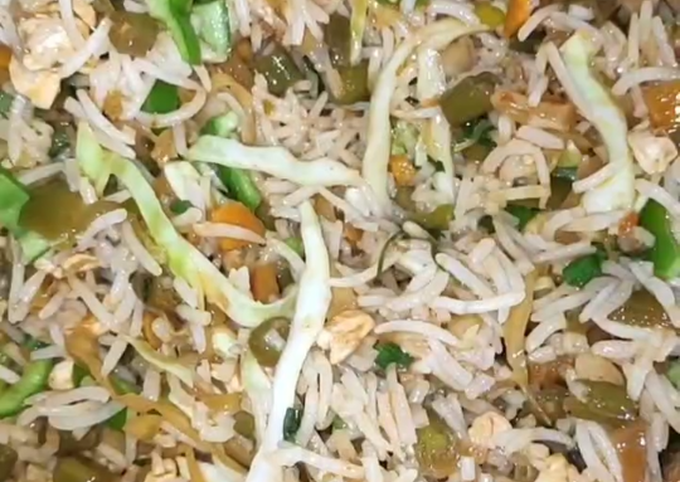 Cocktail fried rice